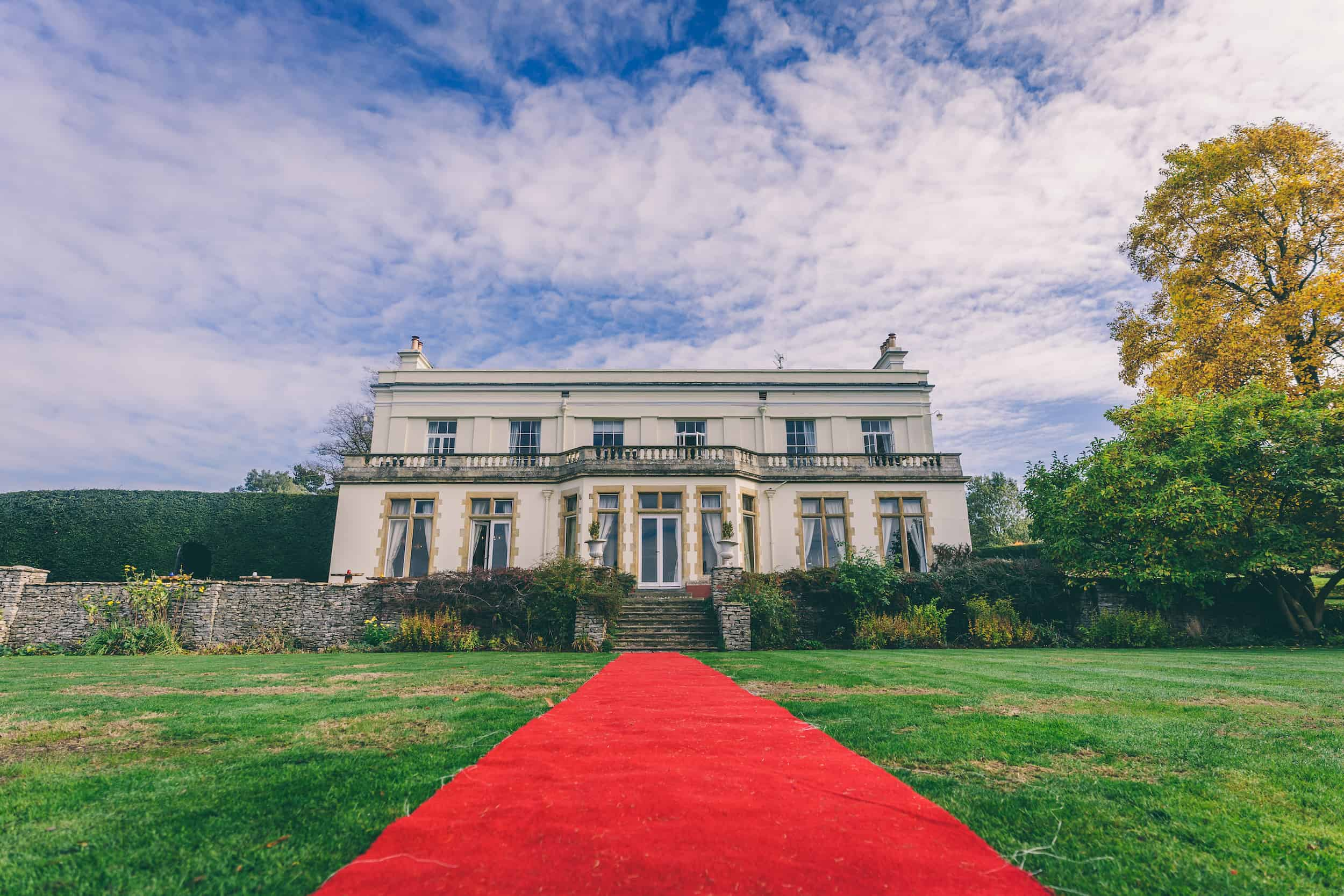 Autunm Outdoor Wedding at Glenfall House