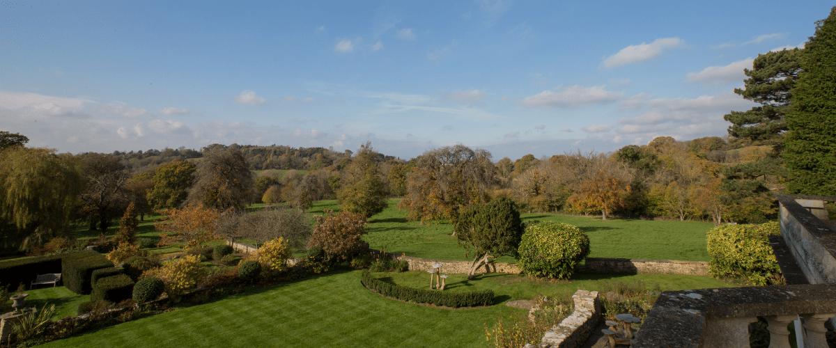 November Gardens at Glenfall House, Cotswold Wedding Venue