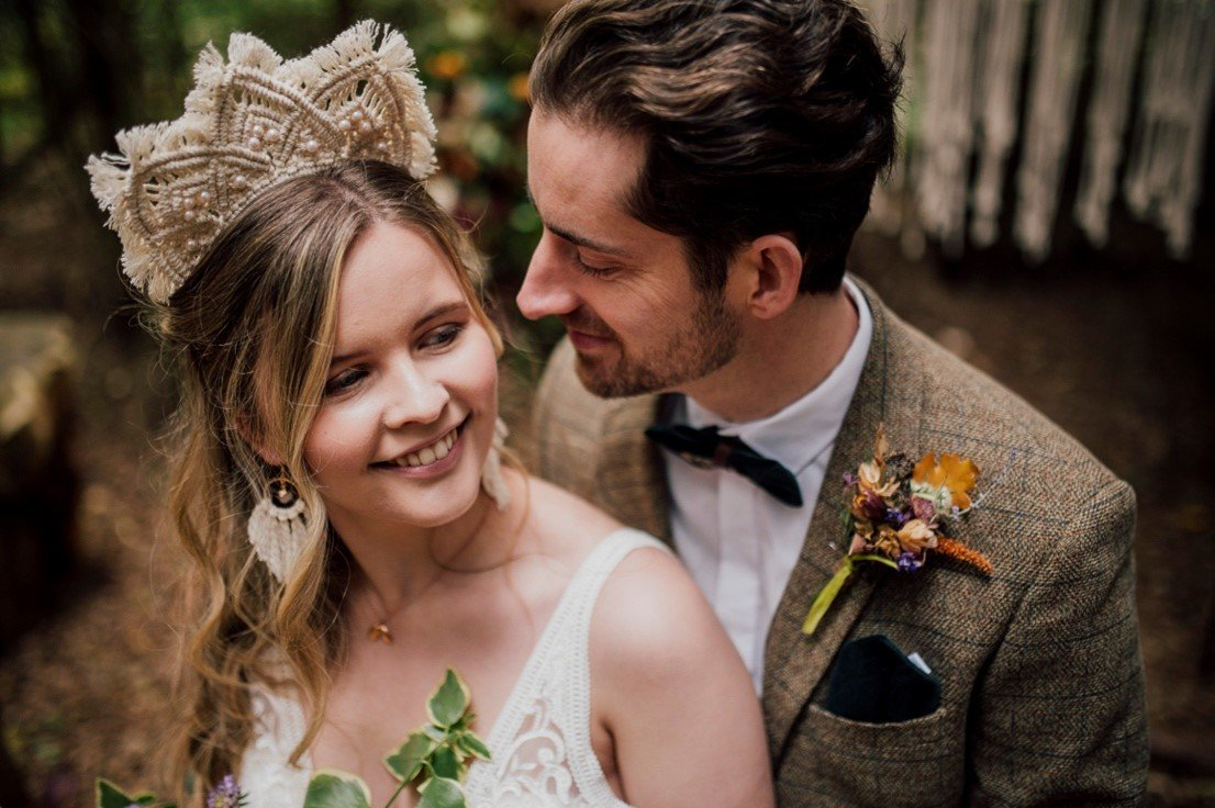 A guide to choosing your Wedding Hair Accessories - Lilly Dilly's